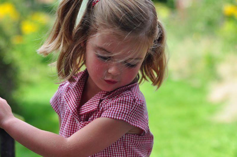 Little L in summer dress